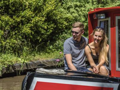 midweek breaks for couples on canal boat