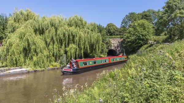 Canal & Narrow Boat Hire | ABC Boat Hire